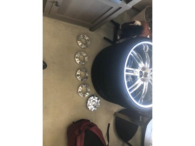 24 inch rims W/ New Tires and spacers in Bellingham, Whatcom