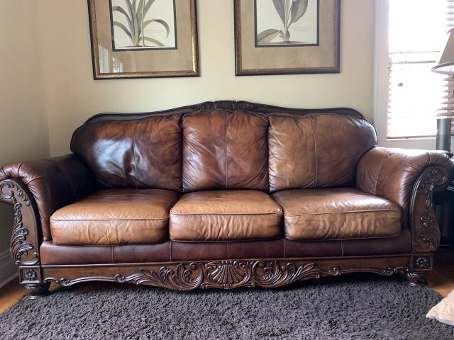 Leather Sofa In Westfield Union County New Jersey Valley